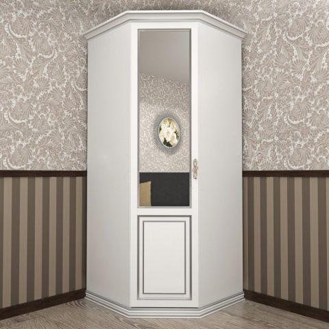 Классический шкаф
